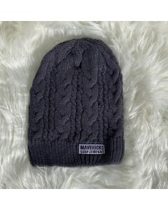 Braidy Knit Beanie Mavericks Tag Log- Graphite